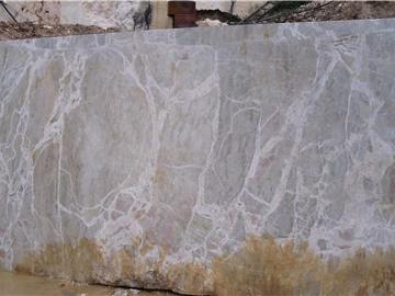 Zandobbio marble nuvolato